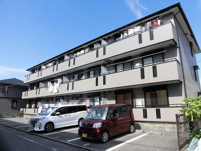 高知市札場3階建て最上階の2LDK♪角部屋♪
