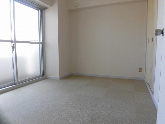 北側4.5帖の洋室