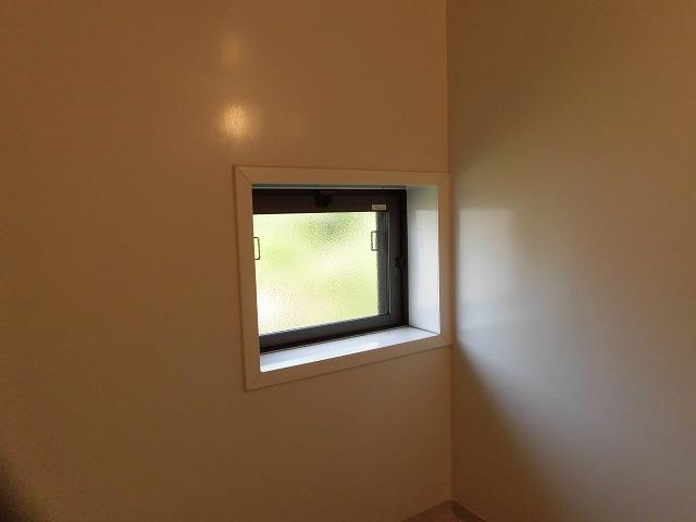 換気窓もあります。