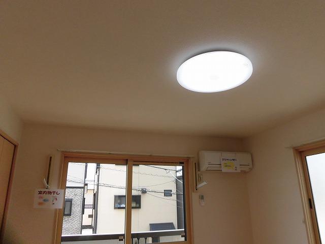 エアコン、室内物干し、照明付き
