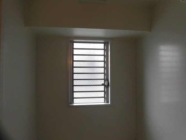 換気窓あります
