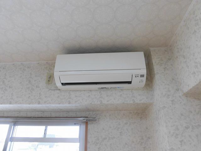 エアコンは1台、照明は全部屋付