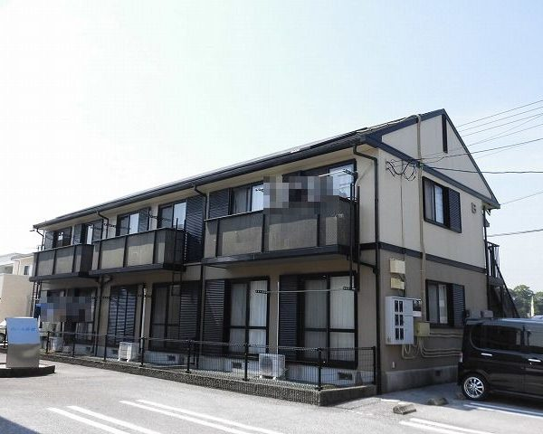 高知市介良2LDKの2階建て1階中部屋♪専用庭付♪