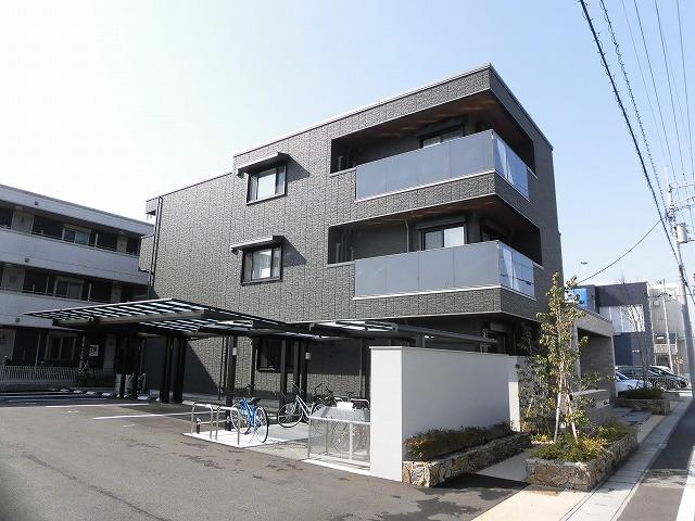 築浅物件☆高知市北御座の3階建てマンションの1階1LDK☆