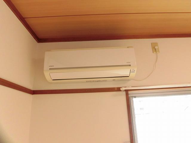 エアコンは西側洋室に1台設置済み