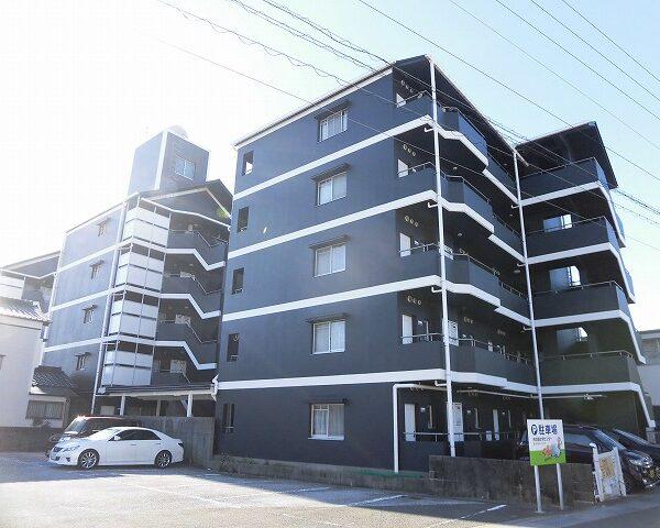 高知市高須3丁目5階建て最上階のメゾネット、2DKのお部屋♪